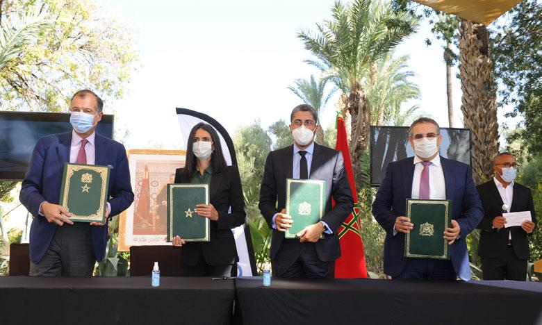 ستسمح بخلق أكثر من 600 منصب شغل...توقيع اتفاقية لفائدة تعزيز المشاريع السياحة بمراكش