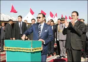 S.M. le Roi lance les travaux de réalisation de l'autoroute Marrakech-Agadir