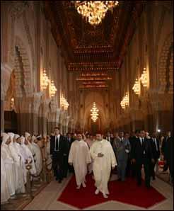 Amir Al Mouminine préside une veillée religieuse à la Mosquée Hassan II