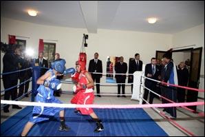S.M. le Roi Mohammed VI inaugure le Centre de formation omnisports à Oujda