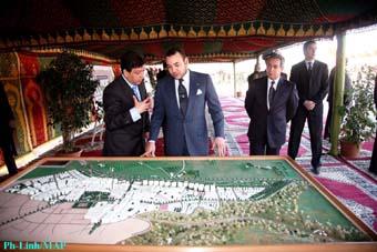 S.M. le Roi lance à Aïn Chkef le projet d'un nouveau pôle urbain, le «Saiss»