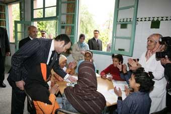 Signature d'une convention pour l'édification d'un centre national de rééducation et d'orthopédie