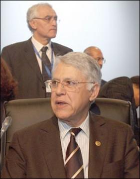 M. El Fassi s'entretient avec des chefs de délégations