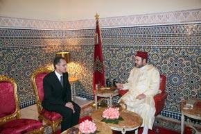 S.M. le Roi nomme Azzeddine El Mountassir Billah directeur général de l'ANRT et reçoit de nouveaux ambassadeurs étrangers