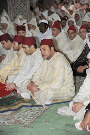 Amir Al Mouminine préside la veillée religieuse de Laylat al-Qadr à la mosquée Mohammed VI