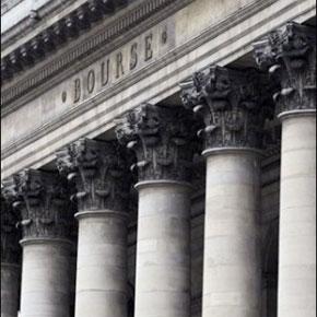 Le CAC 40 gagnant 3,90%, soutenue par le plan d'aide à Citigroup et les plans de relance qui se profilent aux Etats-Unis comme en Europe. (Photo : AFP)