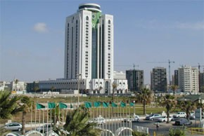 M. Azeroual met en relief à Tripoli le rôle pionnier du Maroc