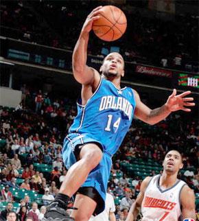 Jameer Nelson, meneur de jeu des Orlando Magic. (Photo : www.phillypointguardcamp.com)