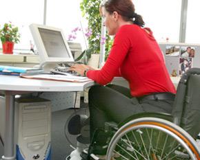 Le droit des handicapés à l'emploi et la formation