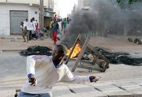 Face aux délestages recurrents, Dakar renoue avec les émeutes de l'électricité. (Photo : www.blogs-afrique.info)