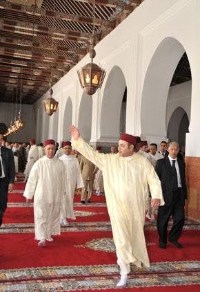 Amir Al Mouminine a accompli la prière du vendredi à la mosquée Benyoussef à Marrakech