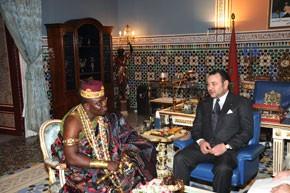 S.M. le Roi reçoit le Roi de Savalon, chef supérieur des Mahis au Bénin