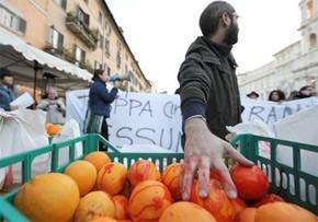 Les Italiennes critiquées de toutes parts