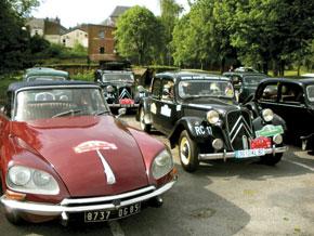 Coup d'envoi du Rallye de voitures classiques
