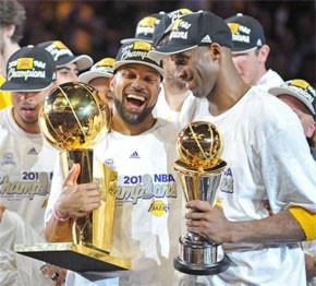 Les Lakers remportent leur 16e titre
