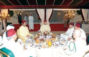 S.M. le Roi Mohammed VI préside un «Iftar» à l'occasion du 47e anniversaire du Souverain