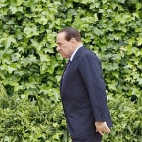 Le gouvernement Berlusconi à l'épreuve