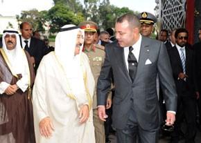 Sa Majesté le Roi Mohammed VI offre une cérémonie d'accueil officiel en l'honneur de l'Emir de l'Etat du Koweït
