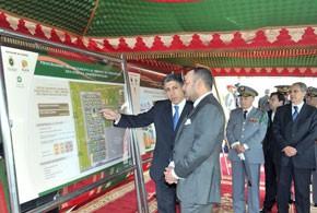 S.M. le Roi inaugure à Salé la Cité résidentielle militaire Mohammed VI, réalisée pour un investissement de 343 MDH