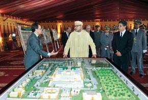 S.M. le Roi lance l'opération de délocalisation des installations militaires de la ville de Marrakech, d'un coût global de 3,05 milliards de DH