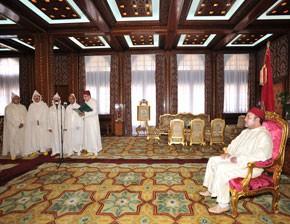 S.M. le Roi reçoit les quatre nouveaux membres nommés au Conseil constitutionnel