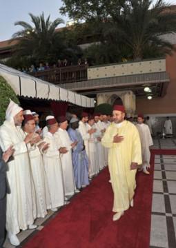 S.M. le Roi Mohammed VI préside un Iftar à l'occasion du 48e anniversaire du Souverain