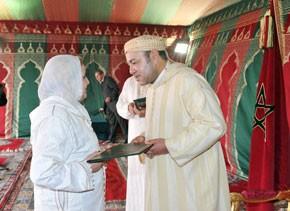 S.M. le Roi lance à Nador les travaux de réalisation de 554 unités de logement social (250.000 DH) pour un coût global de 155 MDH