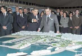 S.M. le Roi Mohammed VI s'enquiert de l'état d'avancement du projet de reconversion de la zone portuaire de Tanger-ville d'un coût global de 6,2 MMDH