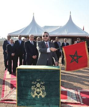 S.M. le Roi examine le programme d'économie d'eau dans les périmètres irrigués de la région de Marrakech-Tensift-Al Haouz, d'un investissement global de 6,5 MMDH