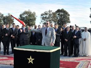 S.M. le Roi examine à Mohammedia l'état d'avancement du programme régional de résorption des bidonvilles du Grand Casablanca, d'un coût global de près de 4,85 MMDH