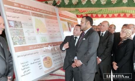 S.M. le Roi examine le programme de l'INDH dans la province de Khouribga au titre de la période 2011-2015