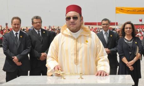 S.M. le Roi lance d'importants projets sociaux en phase avec les attentes  de la population de la ville