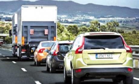 Commercialisation de la conduite automatique dans les embouteillages dès 2014