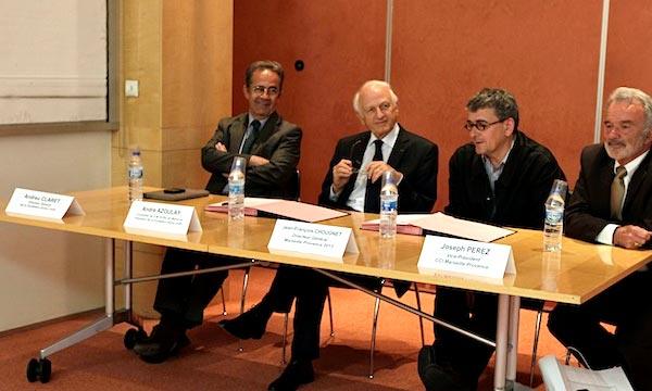 La ville de Marseille, en tant que capitale européenne de la culture 2013, a attribué sa médaille de la paix à André Azoulay, «ambassadeur du citoyen de la Méditerranée». (Photo : www.annalindhforum.org)