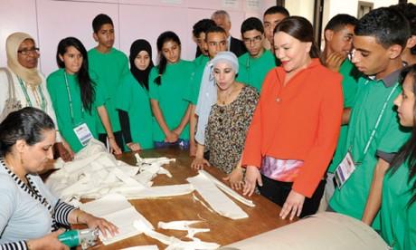 S.A.R. la Princesse Lalla Hasnaa visite  à Marrakech l'Association «Al Kawtar»