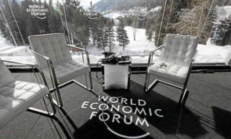 Davos se penche sur la crise