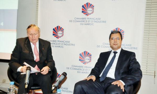 Abdellatif Zaghnoun, DG des Impôts, était l'invité, le 13février, de la CFCIM présidée par Jean-Marie Grosbois.             Ph. Seddik