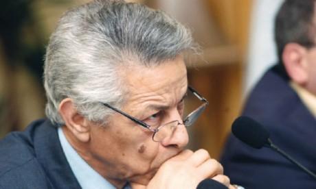 Un ancien Premier ministre appelle au boycott de  la présidentielle en Algérie