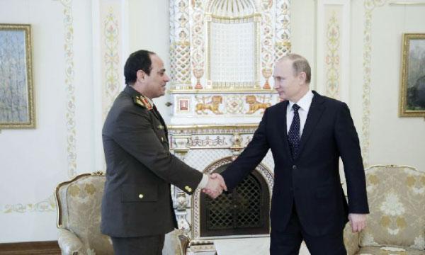 Vladimir Poutine soutient la candidature du maréchal Al-Sissi.