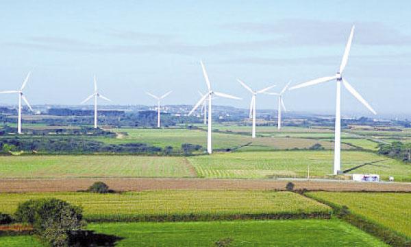 La part de l'éolien dans la production électrique passe de 2,76% en 2012 à 5,05% en 2013.