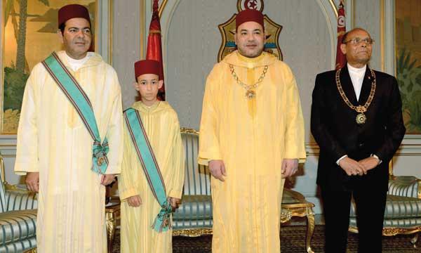 Le Président tunisien offre un dîner officiel en l'honneur de S.M. le Roi
