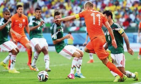 Les Oranje battent les Aztèques  in extremis
