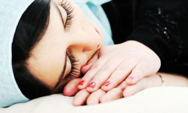 On doit dormir dès qu'on le peut pour éviter de cumuler la fatigue.