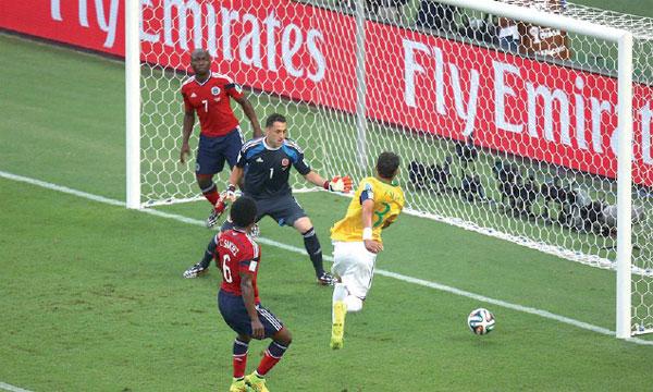 Critiqué contre le Chili, Thiago Silva s'est ressaisi face à la Colombie en inscrivant le premier but de la Seleçao.                                                                              Ph. FIFA
