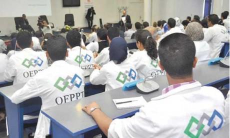 L'approche royale pour faciliter l'intégration  socioprofessionnelle des jeunes