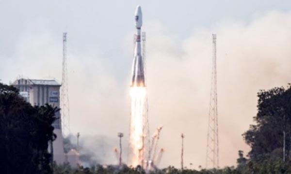 Décollage de la fusée Soyouz avec à son bord deux satellites Galileo, à Kourou, en Guyane française Ph : AFP