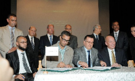 APM Terminals Tangier et l'UMT signent une convention collective