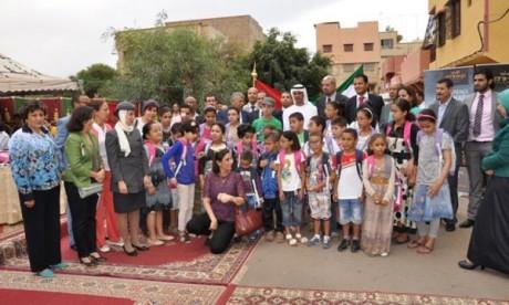 Etihad Airways fait don aux enfants défavorisés