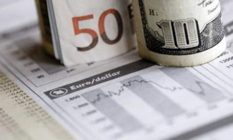 L'euro tombe à son niveau de 1999 face au dollar