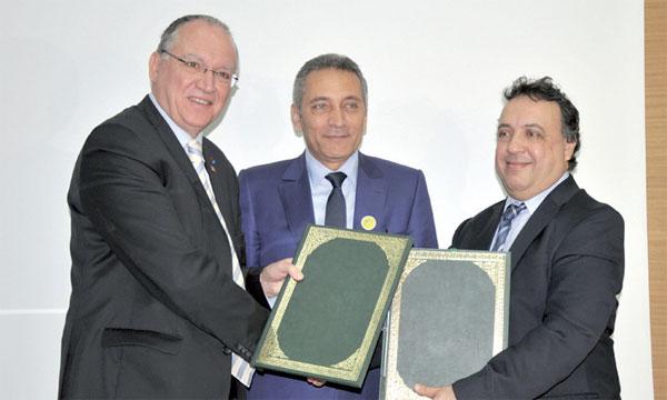 Lors de la signature de l'accord OMPIC-OEB.